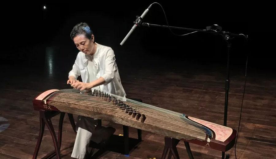 古箏演奏家 - 許菱子教授